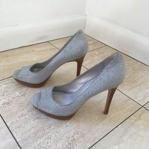 CK pebbled grey peep-toe pumps, NWOB, Sz 5.5.